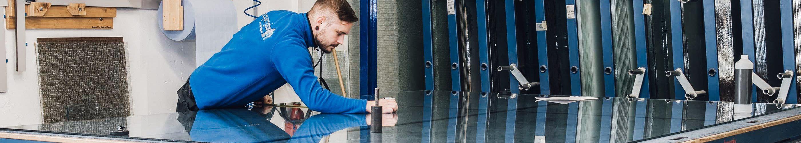 bayernglas job karriere glaser handwerker stellenanzeige stellenausschreibung bayern wartenberg glasermeister
