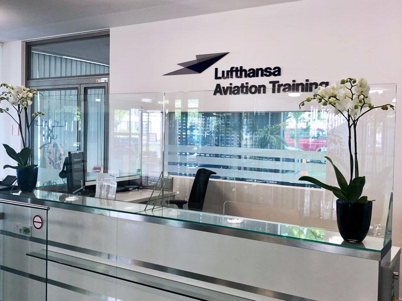 Schutzscheibe aus Glas Lufthansa